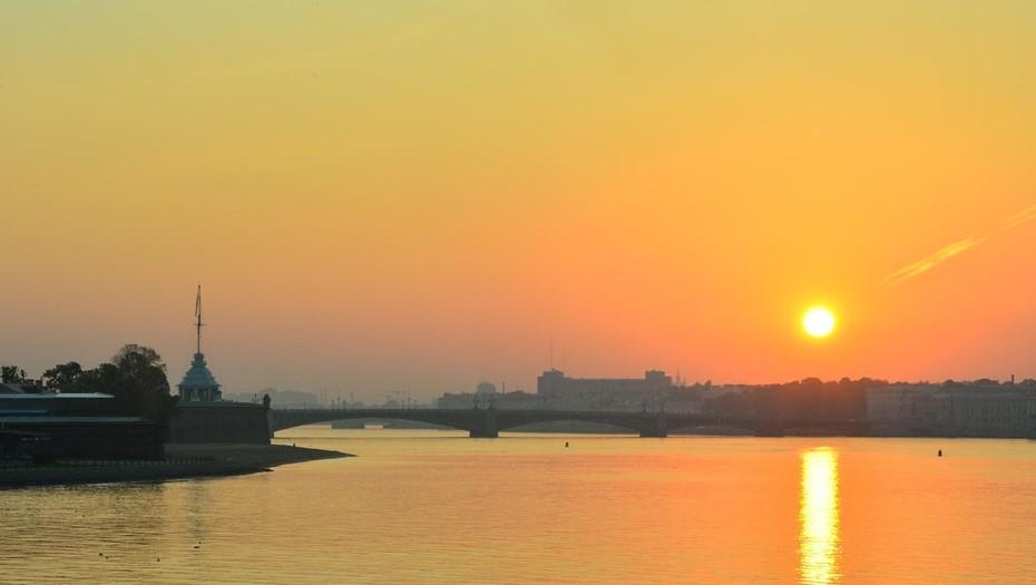 Рабочая неделя в Петербурге начнётся с потепления до +13