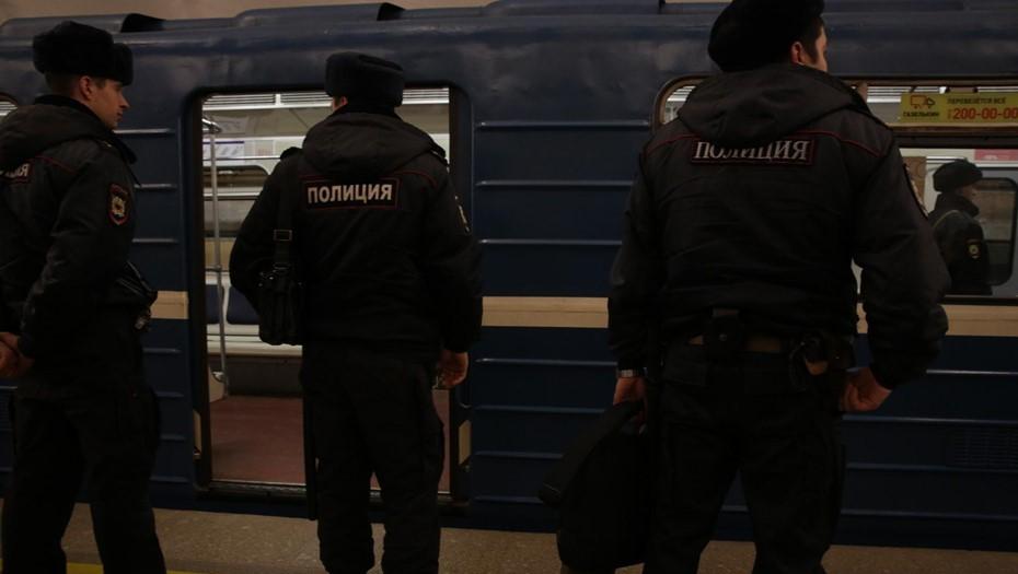 Уголовное дело возбудили в Петербурге из-за оскорбительной надписи про Путина