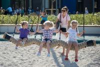 В Москве упростили получение соцвыплат семьям с детьми
