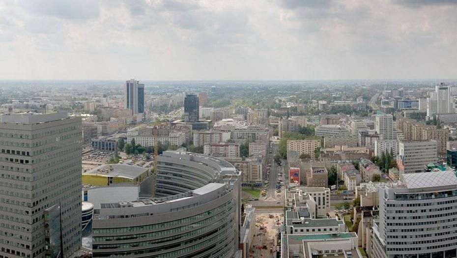 В Польше объявили локдаун из-за третьей волны COVID-19