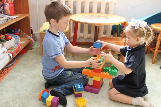 В Приморье усовершенствованы краевые законы о господдержке семей