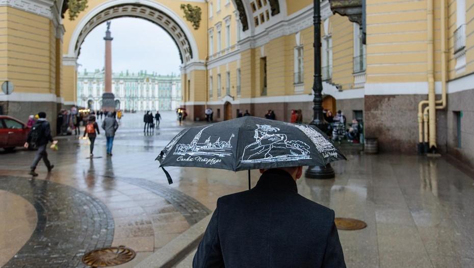В воскресенье Петербург ожидает дождь и гололедица
