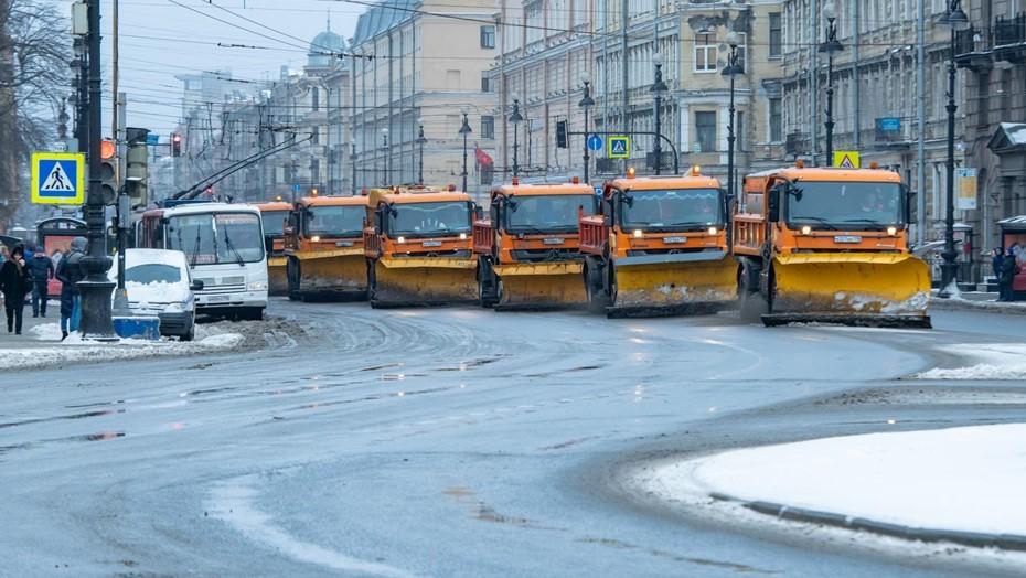 За праздники с улиц Петербурга вывезли почти 140 тыс. кубометров снега