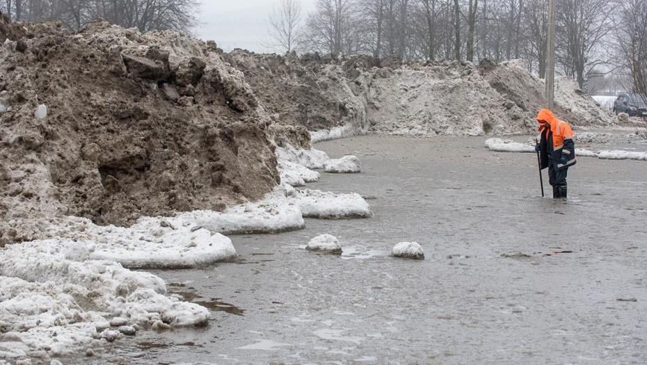 Жилищный комитет не порадовала уборка снега в 5 районах