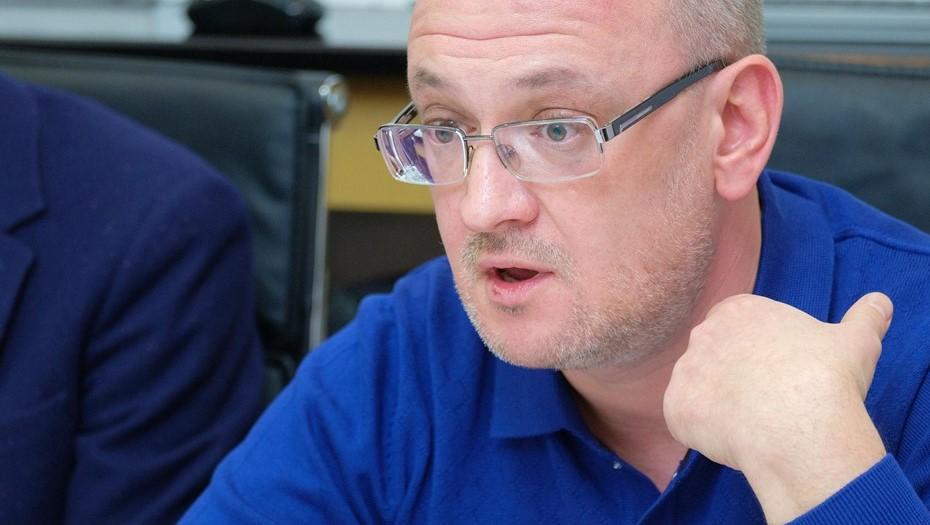 Депутата парламента Петербурга Резника снова вызвали на допрос в СКР