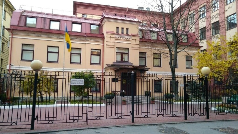 Источник: задержанного в Петербурге украинского дипломата вышлют из России
