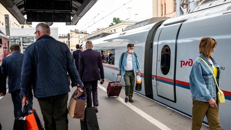 Из Петербурга запустят поезда на четыре морских курорта