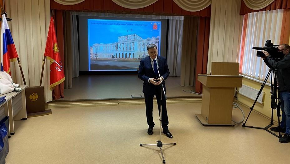 Макаров признался, что получает обращения горожан даже в церкви