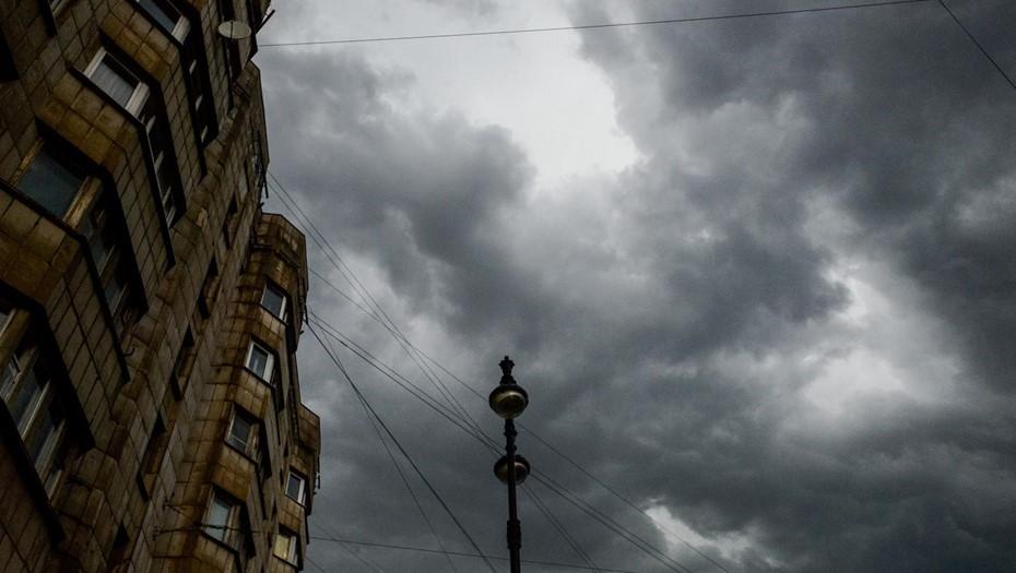 Начало недели в Петербурге будет ветреным и дождливым