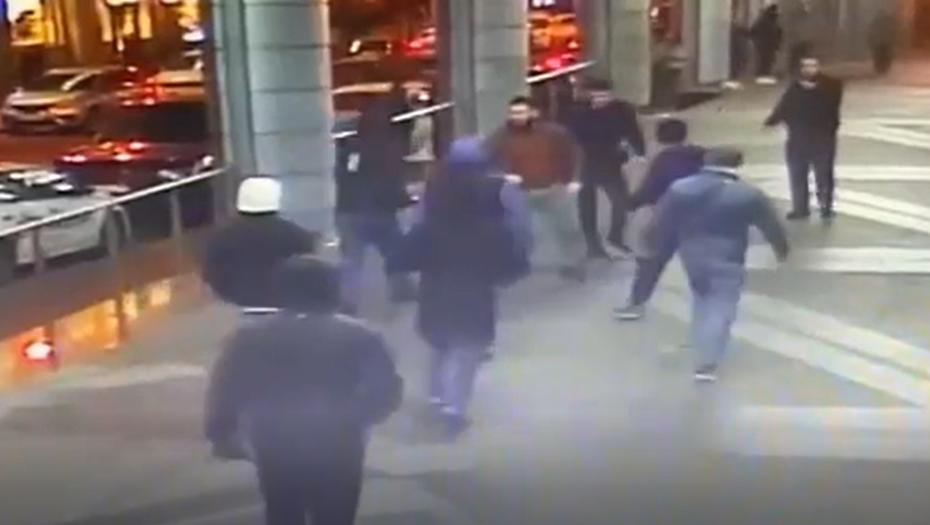 Полиция задержала участников массовой драки со стрельбой в центре Петербурга