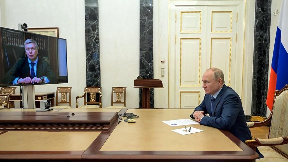 Путин назначил главой Ульяновской области сенатора Русских