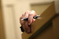 «Серые» накопления чиновников предлагают направлять в доход государства