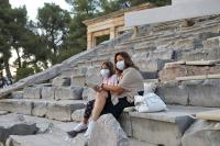 В Греции продлили ограничения на въезд российских туристов