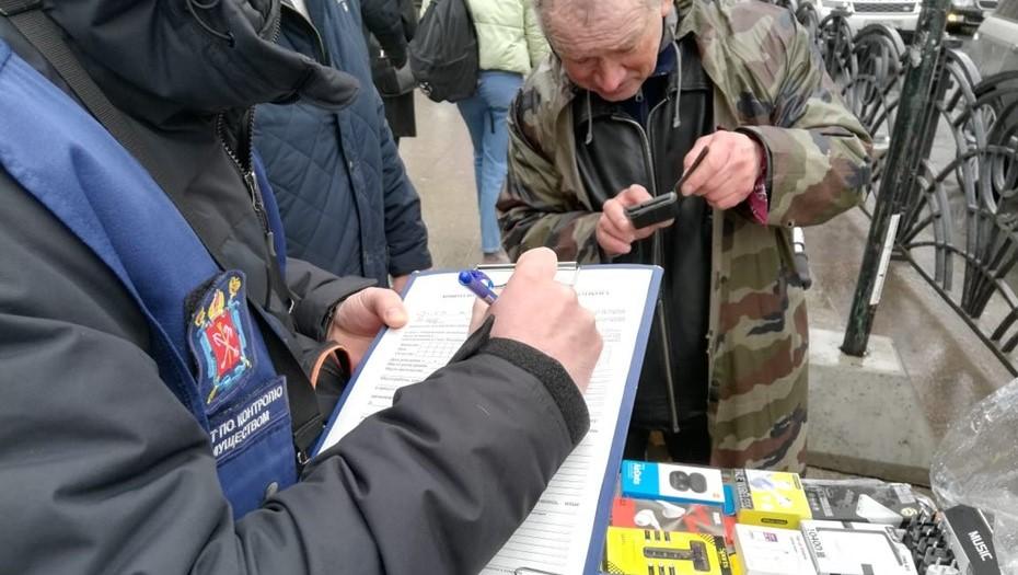 За неделю в Петербурге снесли 39 нелегальных киосков