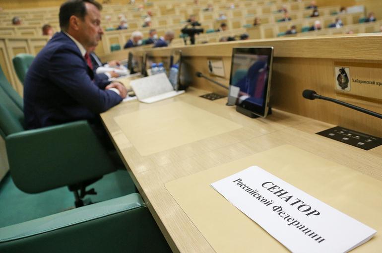 Цеков назвал лицемерным заявление главы Минобороны Британии о России