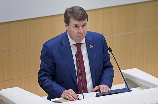 Цеков призвал Киев прекратить шантаж по поводу водной блокады Крыма