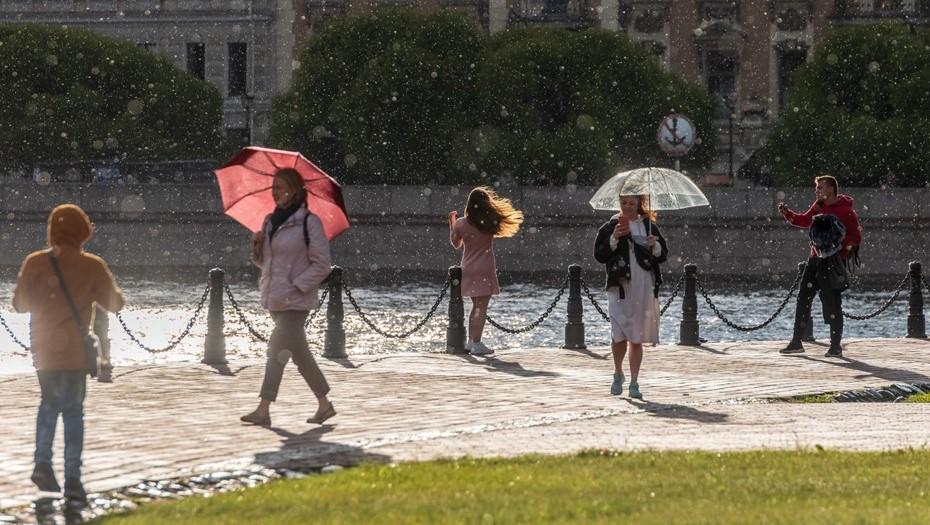 День города в Петербурге будет тёплым, но с кратковременными дождями
