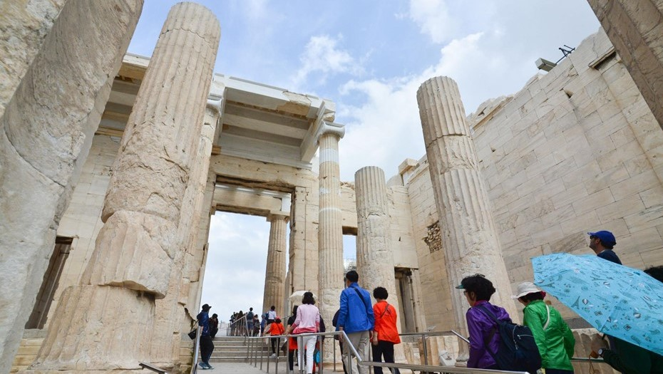Греция открыла границы для российских туристов без COVID