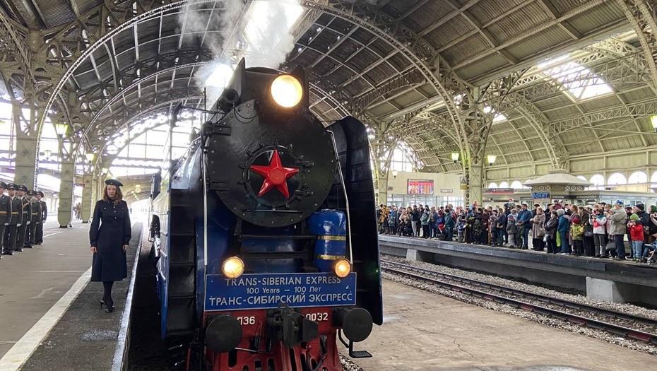 На Витебском вокзале прошёл парад паровозов