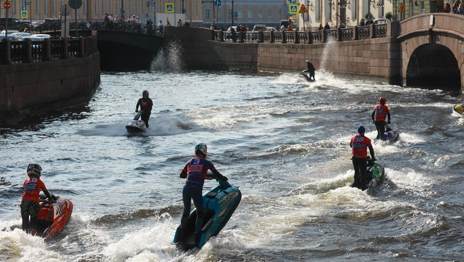 Налог на гидроциклы в Петербурге могут уменьшить в 5 раз