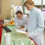 Около 2,5 тыс. выпускников вузов 2020 года получили работу по программе Минобрнауки