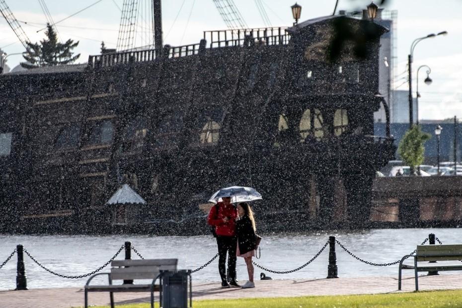 Петербург обновил суточный рекорд по выпавшим осадкам
