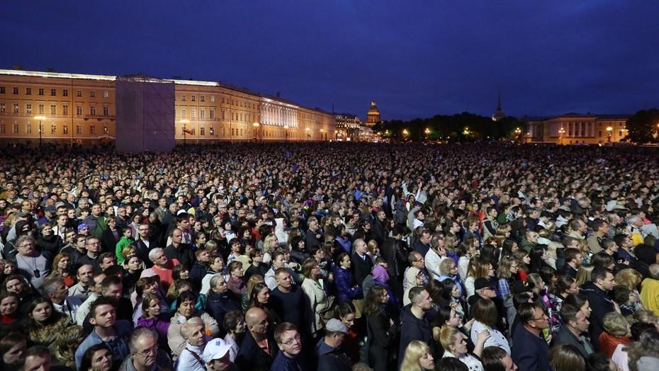 Петербург вновь остался без салюта в День города
