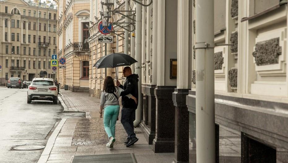 В Петербурге ждут дожди и 5 градусов выше климатической нормы