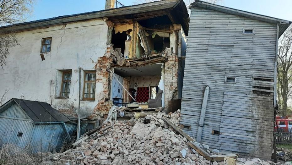 В Вологодской области обрушилась стена жилого дома