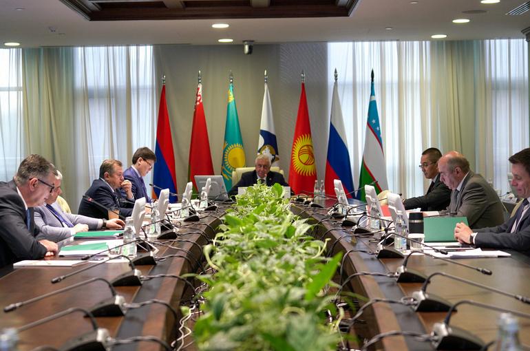Госдума ратифицировала протокол к Договору о ЕАЭС