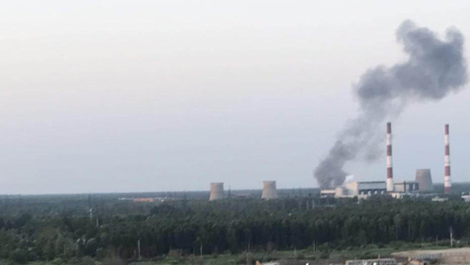 Электричество вернули в дома петербуржцев после пожара на подстанции