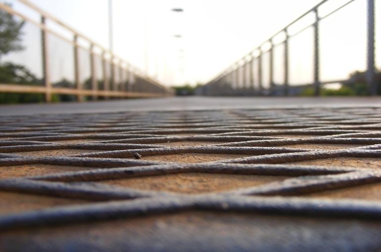 На дороги и мосты в регионах направят еще 7 миллиардов рублей