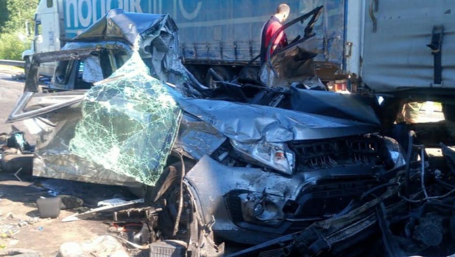 """Появились подробности смертельного ДТП с грузовиком на трассе """"Кола"""""""