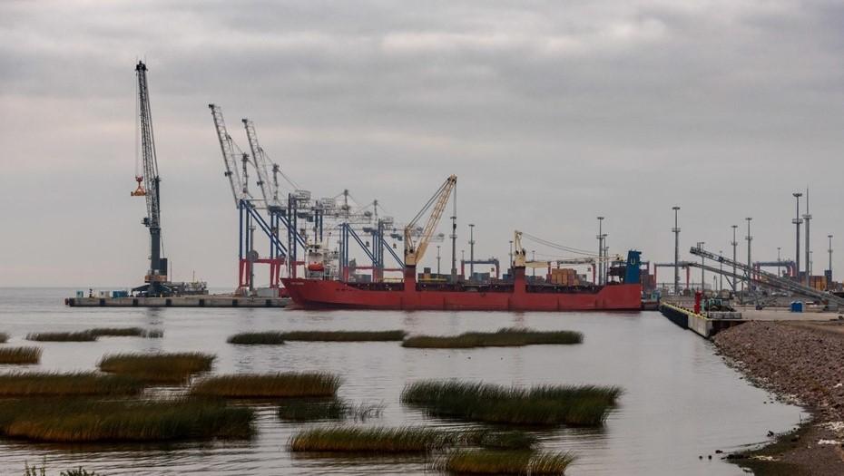 Рабочий лишился ноги в ходе несчастного случая в порту Бронка