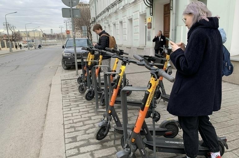 Самокаты предложили приравнять к транспортным средствам