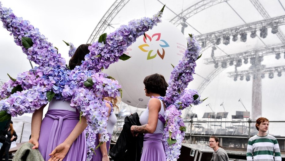 Семь композиций на Фестивале цветов в Петербурге посвятят науке и технологиям