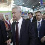 """Собянин ревакцинировался """"Спутником V"""""""