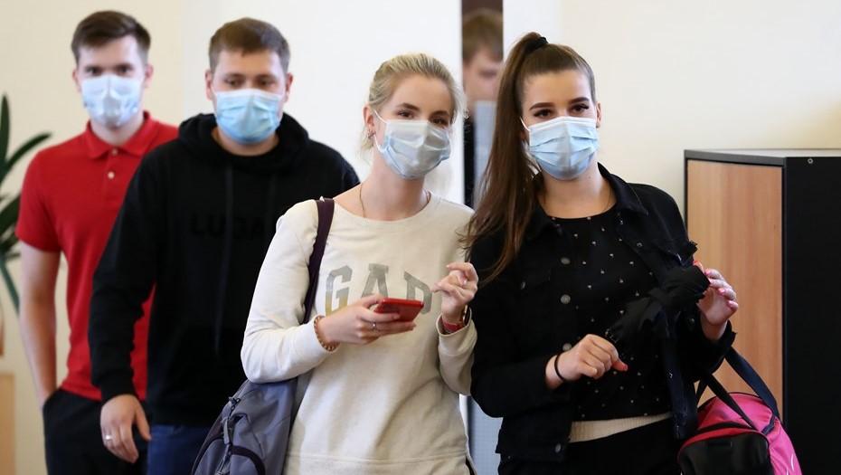 Совет ректоров Петербурга не исключил принудительную вакцинацию студентов