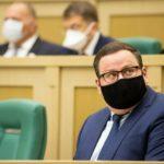 Трудовой кодекс не предусматривает увольнения за отказ от вакцинации, заявил Котяков