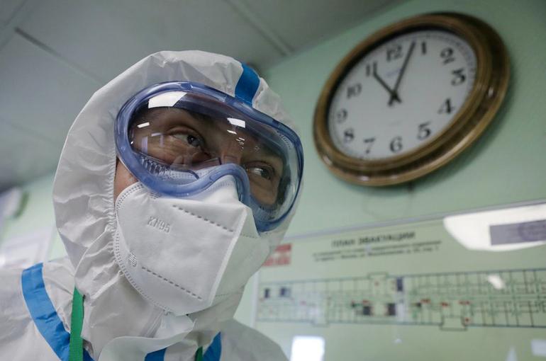 В Москве за сутки выявили 7704 случая заражения коронавирусом