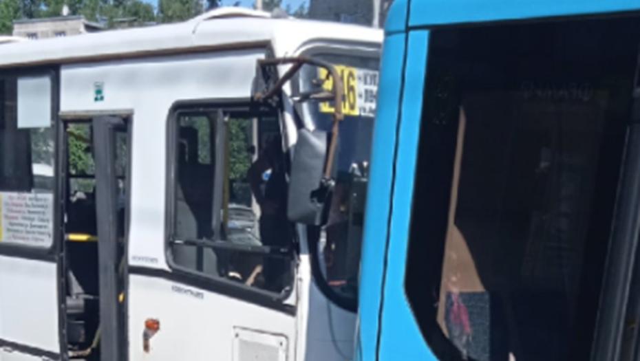 Выросло число пострадавших в ДТП с маршруткой на Ленинском