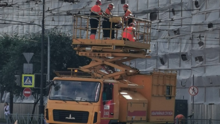 Авария у площади Ленина изменила маршруты трамваев и троллейбусов