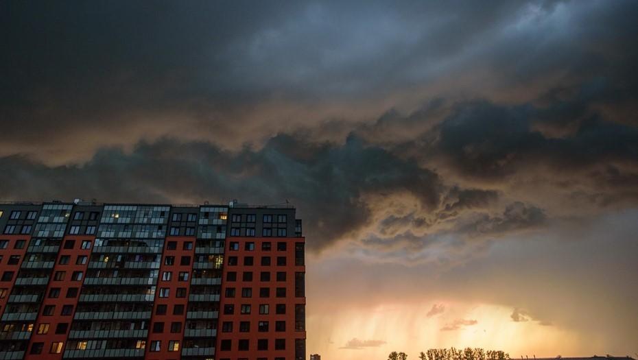Циклон с Баренцева моря принесёт в Петербург прохладу и дожди