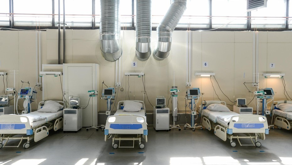 Доля тяжелых больных в COVID-стационарах Петербурга сократилась до 19%