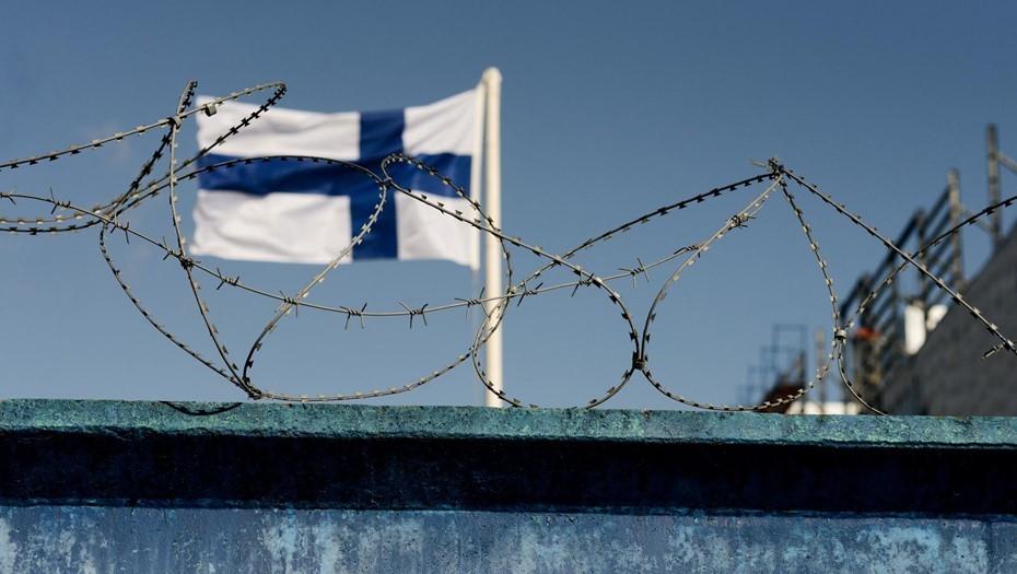 Финляндия из-за новых мутаций коронавируса продлила ограничения для россиян