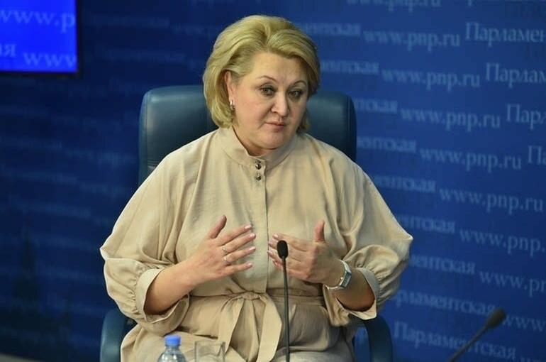Гумерова назвала важнейшие законодательные инициативы сенаторов по оптимизации научных исследований