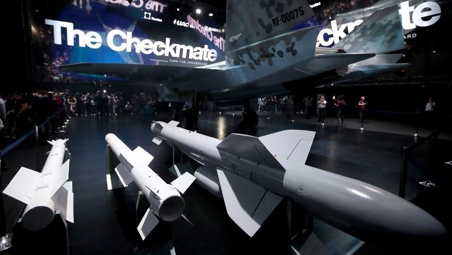 Новейший истребитель Checkmate показали на МАКС-2021