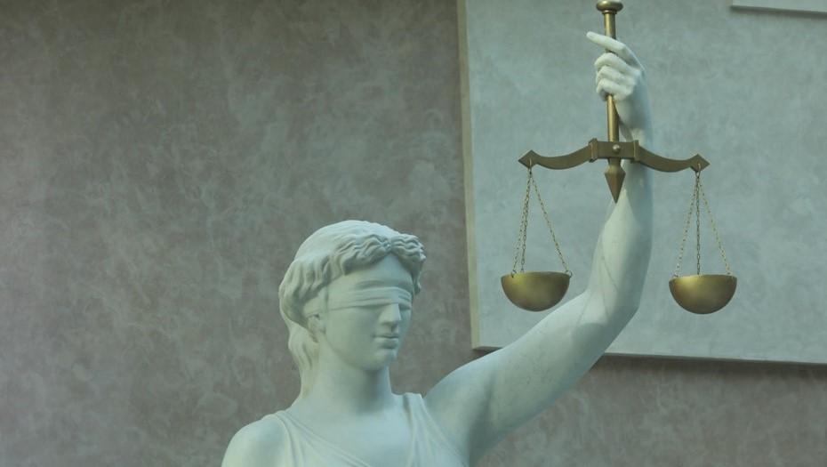 Суд арестовал участников массовой драки у гостиницы на Большевиков