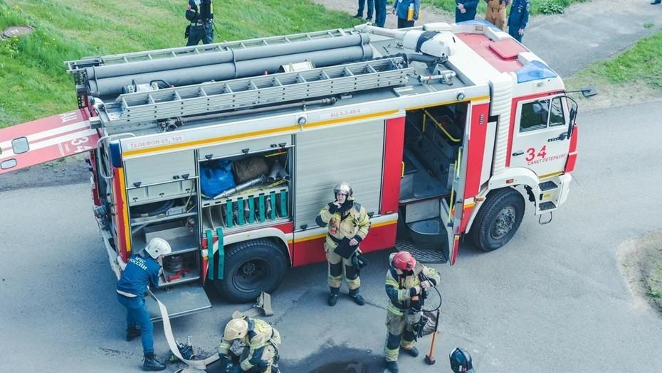 В Елизаветинской больнице из-за пожара эвакуировали больных и персонал