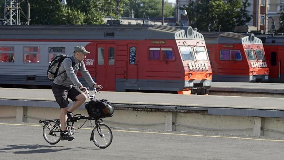 Жара стала причиной опоздания электричек на Сестрорецком направлении